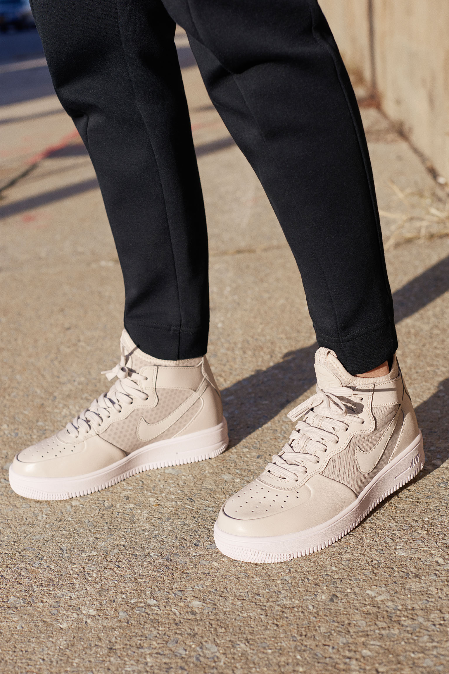 new arrival 3a46a 44662 nike air force one women