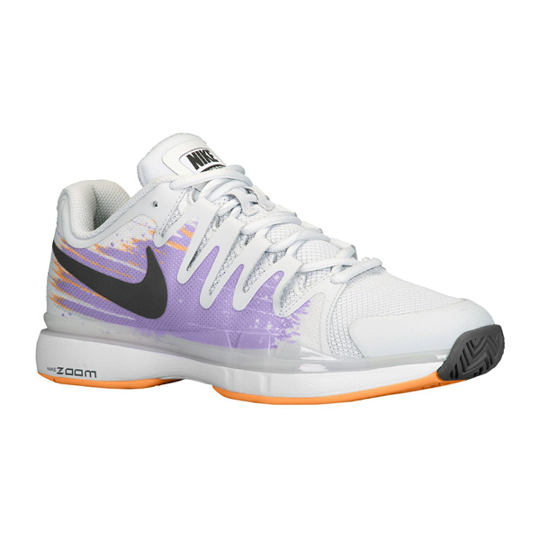 nike tennis shoes women